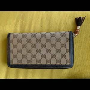 Gucci canvas zip around wallet w tassel & Bamboo